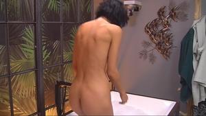 Naomi Ackie  nackt